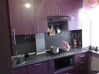 Компактная кухня фиолетовый  металлик