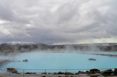 Una de las mejores piscinas de Islandia es los baños de Mytvatn