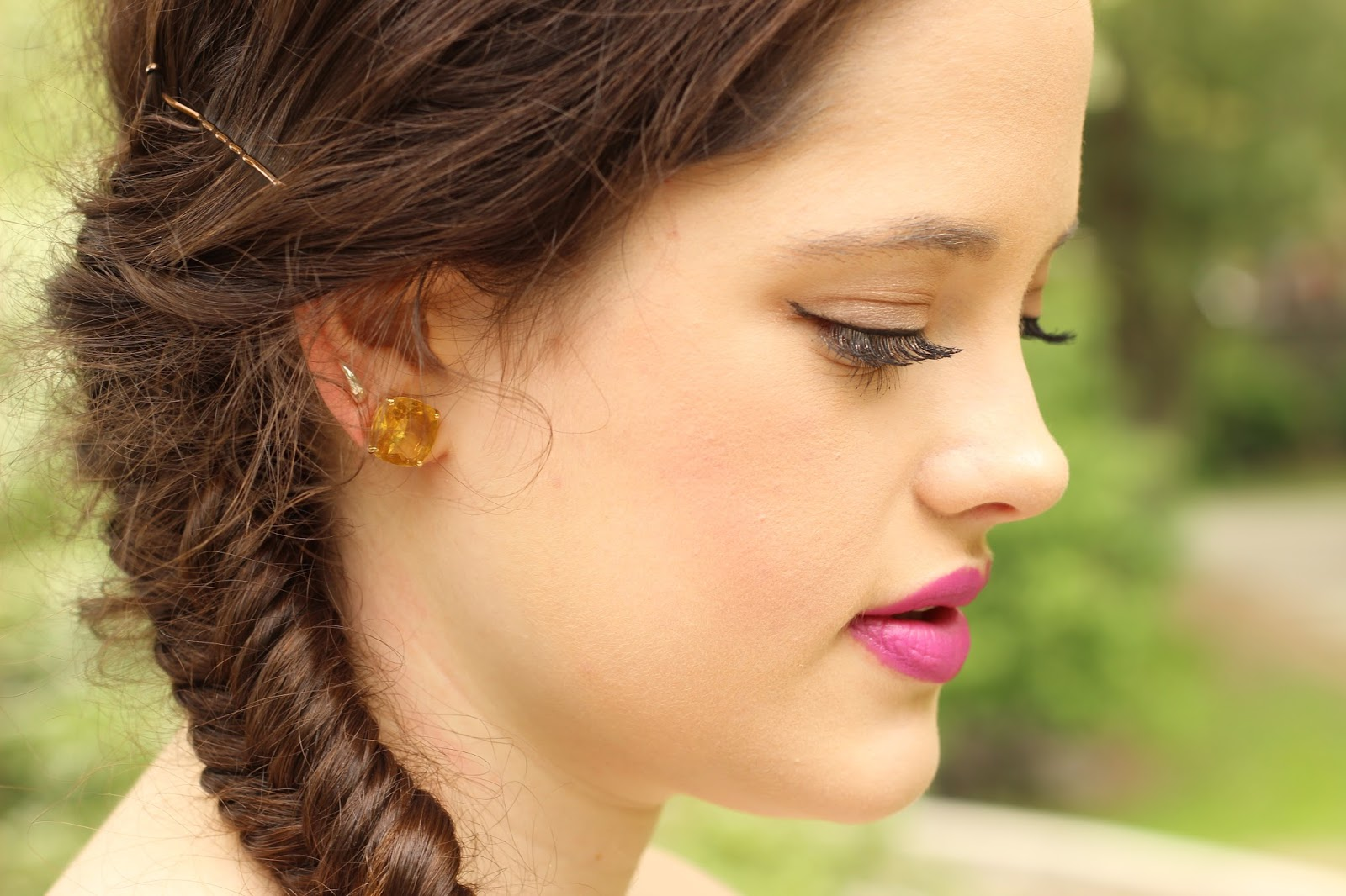 fuchsia lipstick fashion blog