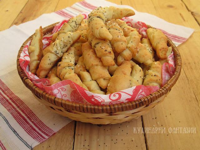 Соленки със сирене и кашкавал