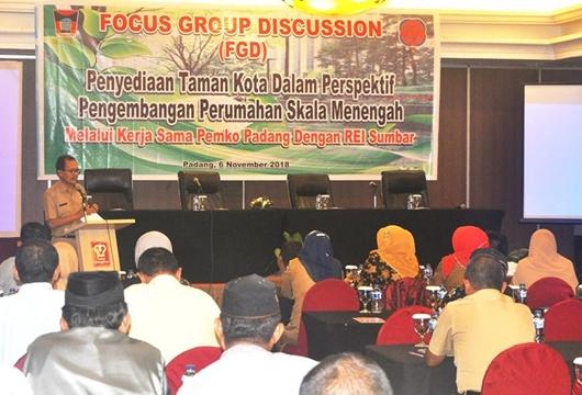 Pemko Padang Bersama REI Berupaya Sediakan Taman Kota di Setiap Kecamatan