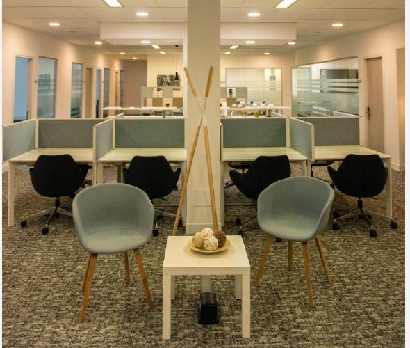 Uffici arredati uffici temporanei noleggia un ufficio al for Uffici arredati bologna