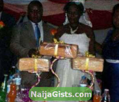 agege bread wedding cake