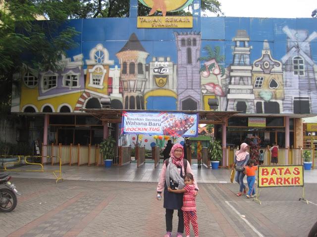Liburan Dan Menari Di Event Pentas Gembira Taman Remaja Surabaya