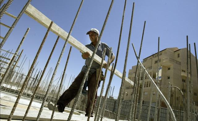 Ναύπλιο: Καταβολή Δωρόσημου σε Εργατοτεχνίτες Οικοδόμους