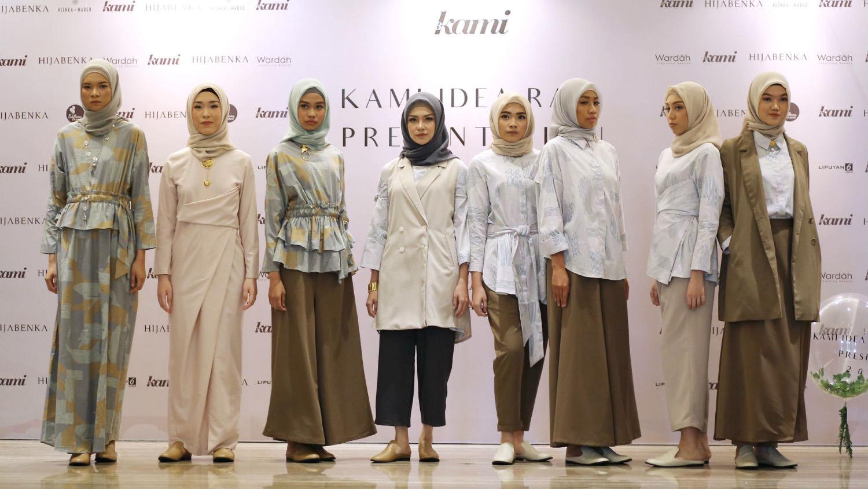 Baju Lebaran manis fashion peragaan busana