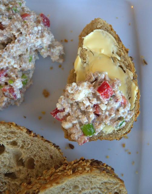 Pasta z tuńczyka i twarogu