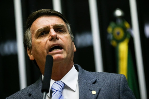 Governo está determinado a mudar os rumos do país, diz Bolsonaro