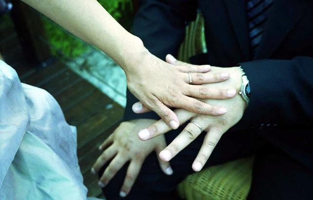 Membuktikan Cinta Kepada Pasangan