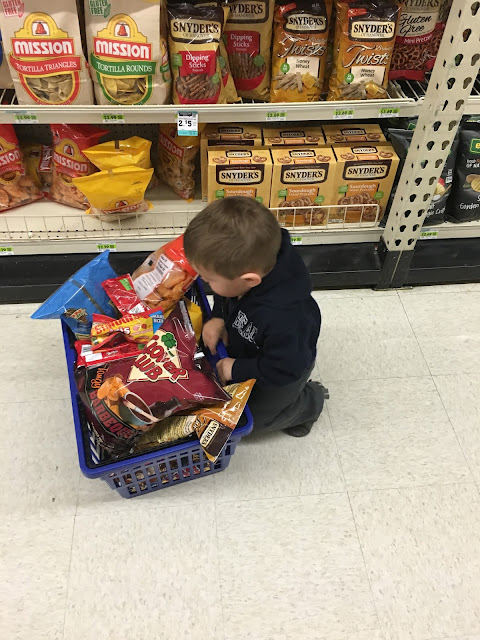 If you bring a toddler to the store (to the tune of if you give a mouse a cookie) parenting humor