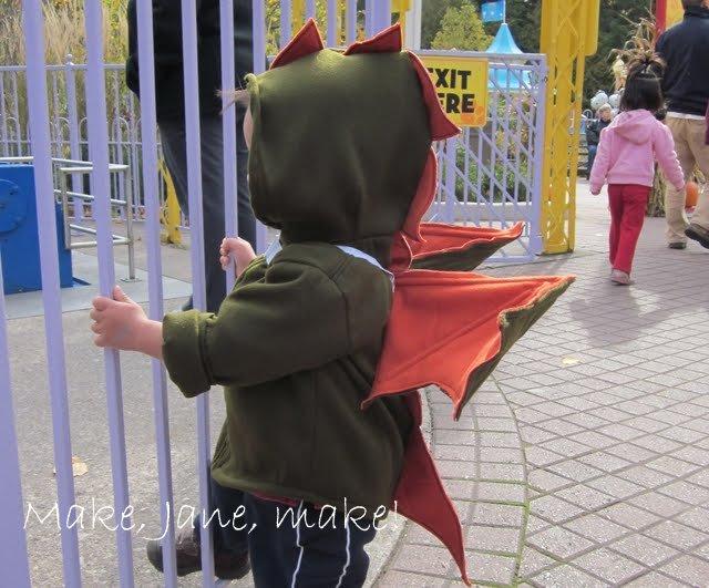 Make Jane Make Diy Hallowe En Dragon Costume Hoodie