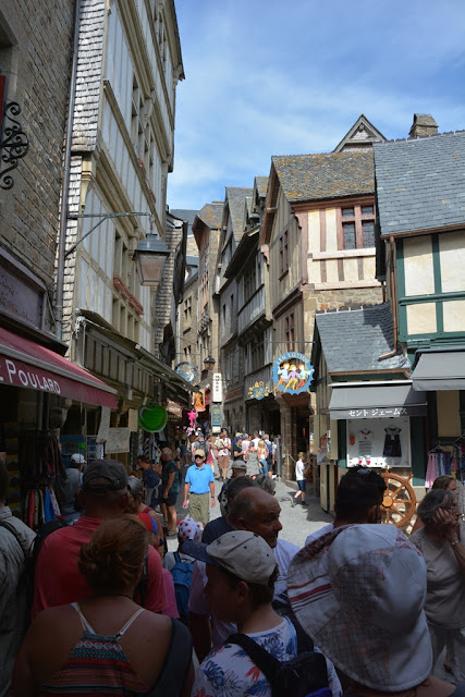 Mont Saint-Michel city alley