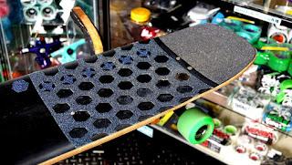 ロングスケートボード&サーフスケートにお勧めデッキテープがロクトングリップ