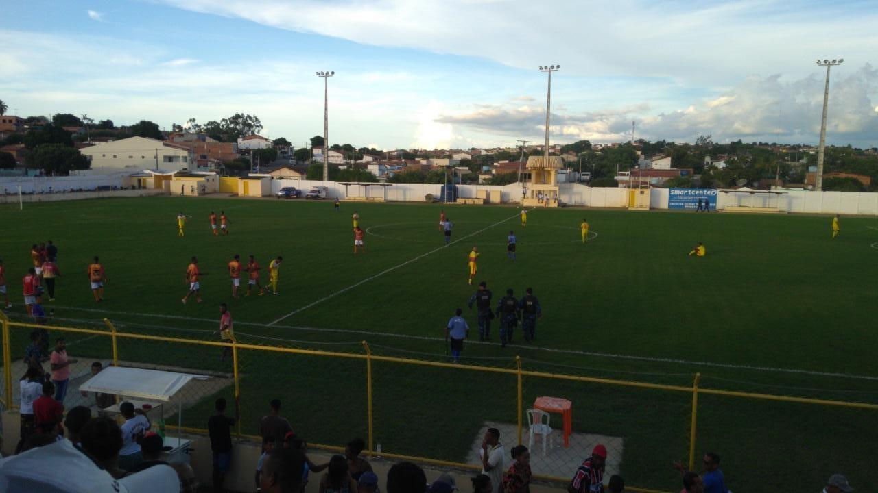 Deixa Comigo Macajuba: Macajuba vence e seleção de Ruy Barbosa se complica  na Copa Intervale de Futebol