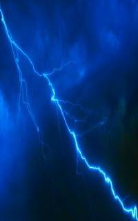 خلفية ليلة عاصفة