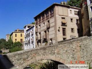 Carretera del Darro em Granada