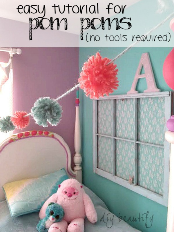 Fabulous tutorial for pom poms, no special tools required! | DIY beautify