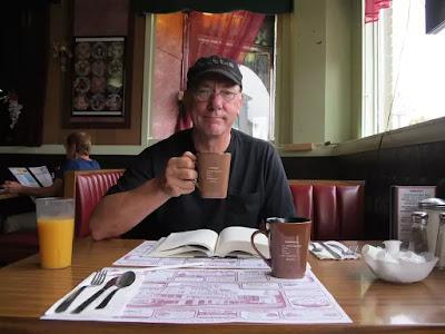 O baterista Neil Peart, do Rush, um dos mais celebrados do rock no instrumento — Foto: Divulgação/Site Rush