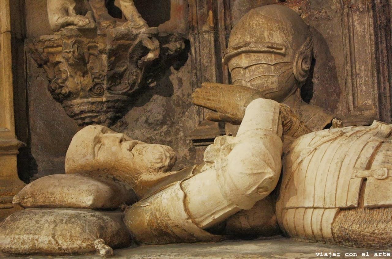 sepulcro D. Afonso Henriques