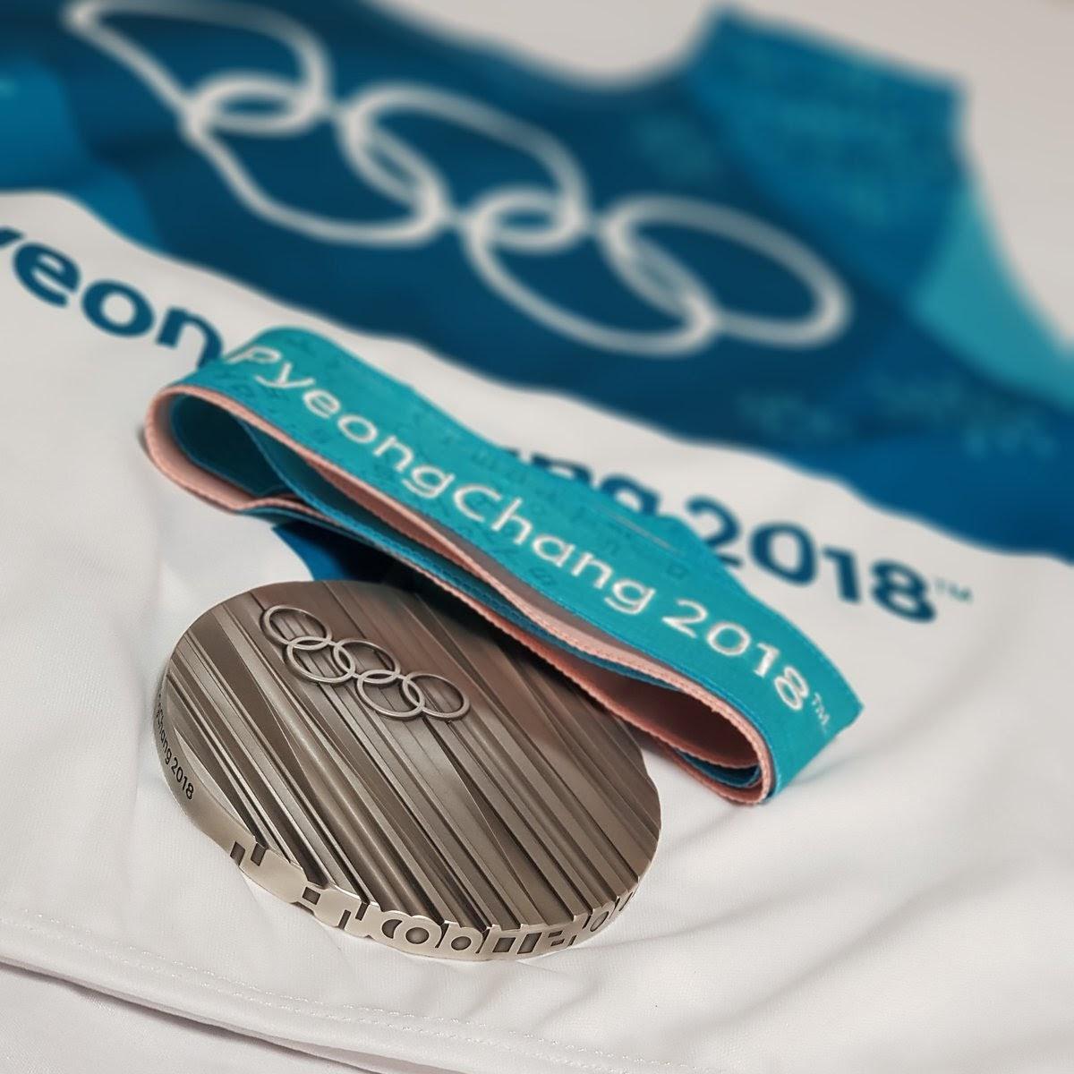 渡部暁斗が平昌オリンピックのノルディック複合の個人ラージヒルで獲得した銀メダル