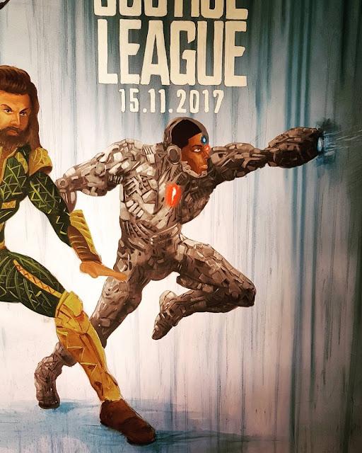 Justice League Movie Release - Ben Heine Art - Warner Bros Belgium - Live Performance - Facts Comic Con - Kinepolis Exhibition 2017