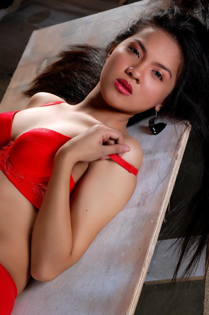 hot asian girls bra and panty pics 02