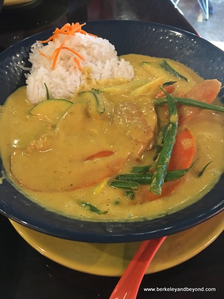 yellow curry at 533 Viet Fusion in Palm Springs, California