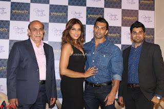 Bipasha Basu with Karan Singh 48.JPG