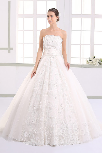 http://www.cocomelody.com/hot-selling-princess-strapless-natural-train-tulle-ivory-sleeveless-lace-up-corset-wedding-dress-with-appliques-and-petals-jwlt15013.html
