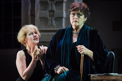 SWAP'ra gala at Opera Holland Park - Puccini: Suor Angelica - Catherine Wyn-Rogers, Anne Sophie Duprels - (Photo Robert Workman)
