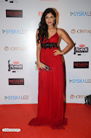 ishita Raj Sharma in Red Gown Stunning Beauty at success party of film sonu ke u ki sweety 003.JPG