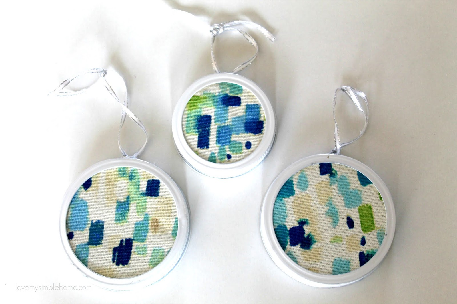 abstract-fabric-Christmas-ornaments-lovemysimplehome.com