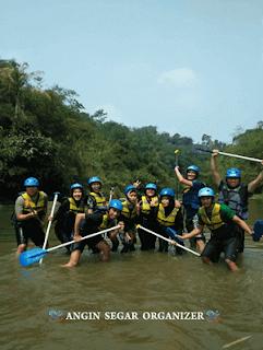 wisata rafting sungai cisadane bogor PT. Damco Indonesia