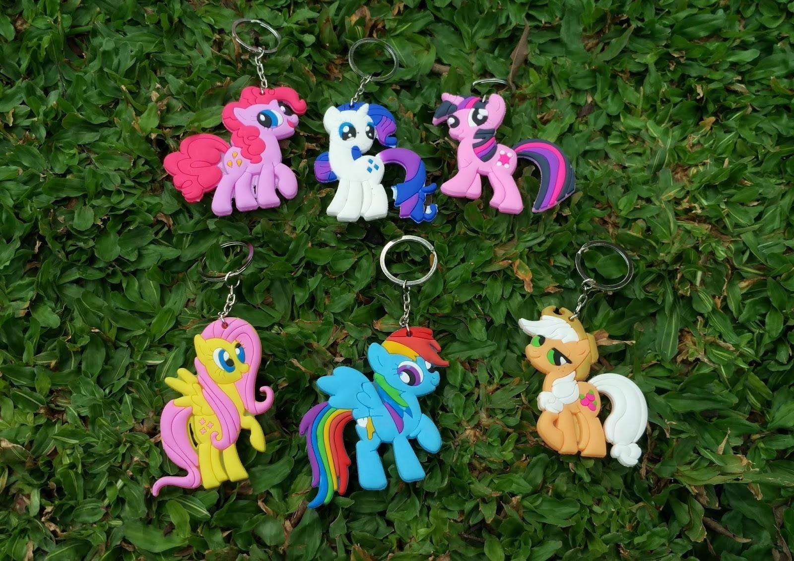 mainan little pony, gantungan kunci little pony, kolesi little pony, karakter little pony, pernak pernik little pony, gantungan kunci, gantungan kunci lucu, souvenir litlle pony