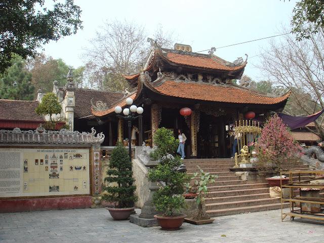 Cho thuê xe đi hội đền Bà Chúa Kho Bắc Ninh với giá ưu đãi