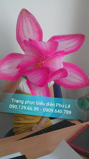 Bán, và cho thuê đạo cụ hoa múa cầm tay, bán hoa sen, lá sen, cài sen,hoa múa theo yêu cầu
