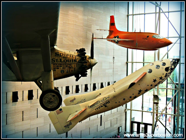 Museo Nacional del Aire y el Espacio de Estados Unidos: Spirit of St. Louis - Space Ship One - Bell X-1