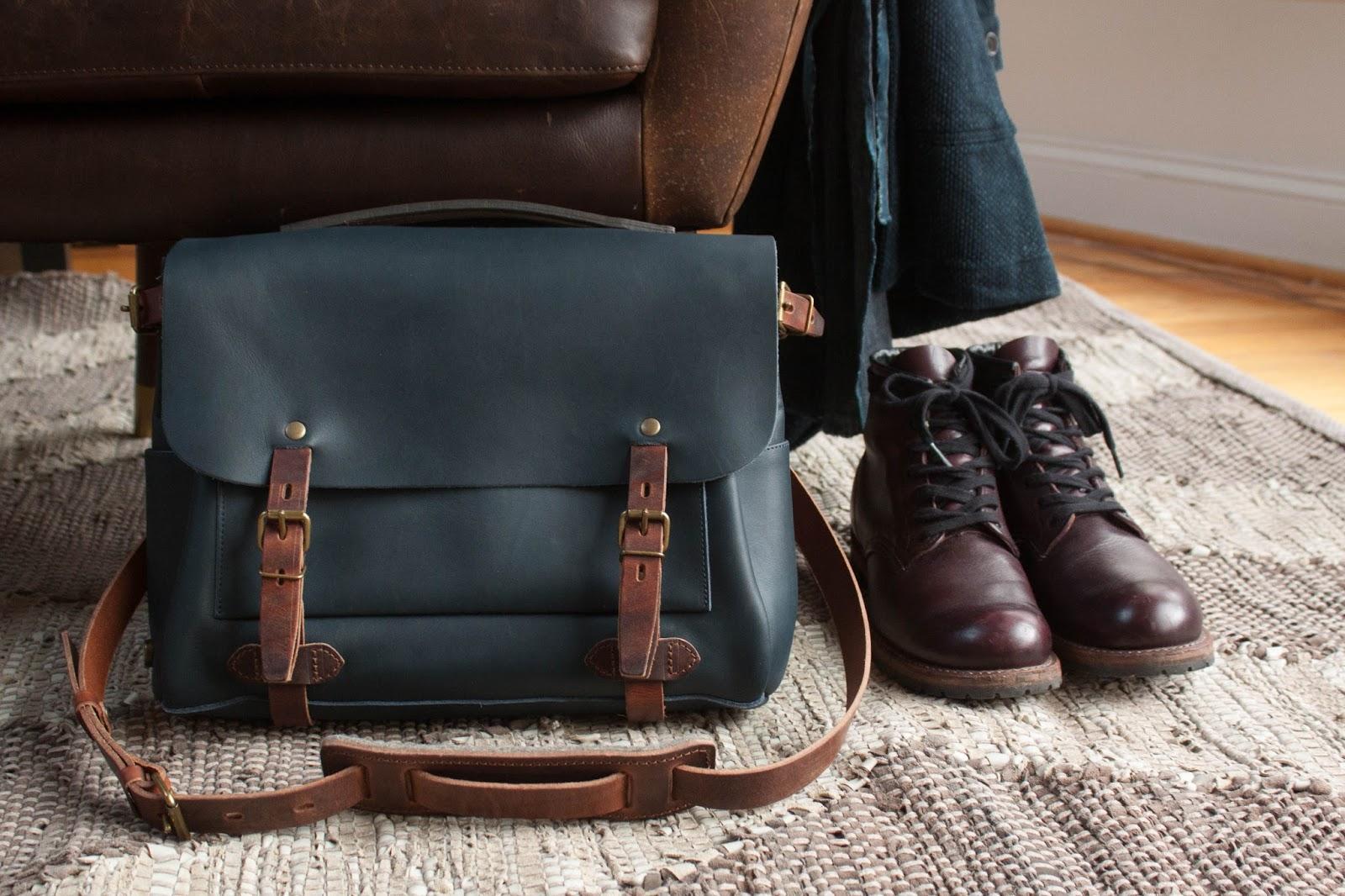 First Impressions - A Brand New Bag - Bleu de Chauffe Éclair Postman 04f7d04d271d1