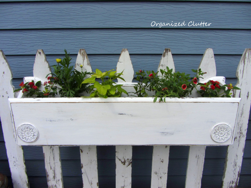 A Picket Fence & A Repurposed Furniture Window Box www.organizedclutterqueen.blogspot.com