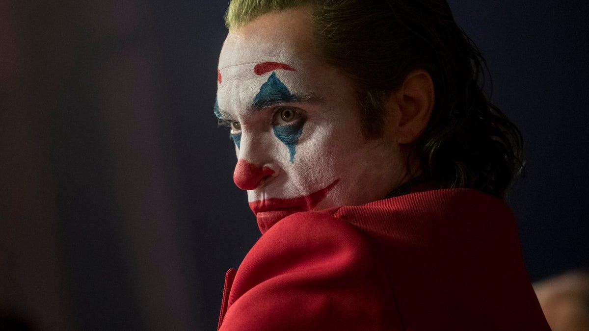 """Coringa ultrapassa Deadpool e se torna o filme """"R-Rated"""" de maior bilheteria"""