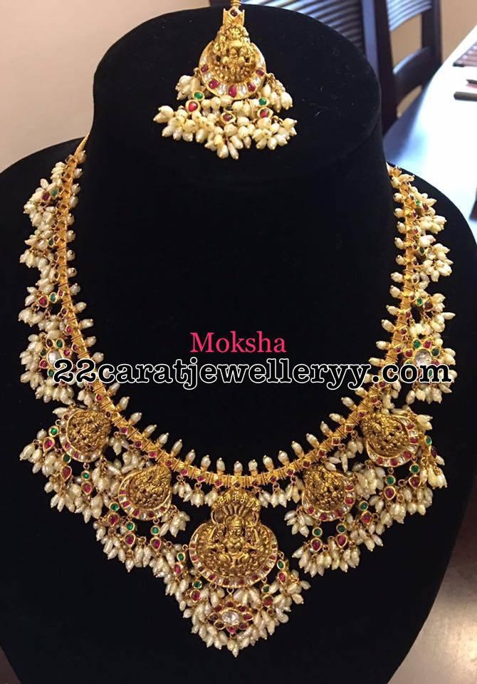 Guttapusalu Necklace With Suitable Tikka Jewellery Designs