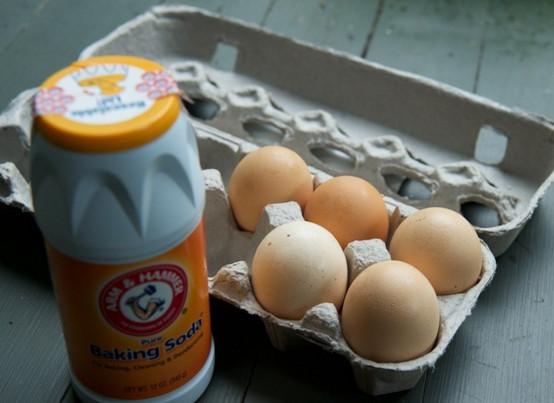 Mặt nạ trị mụn trứng cá bằng baking soda và trứng gà