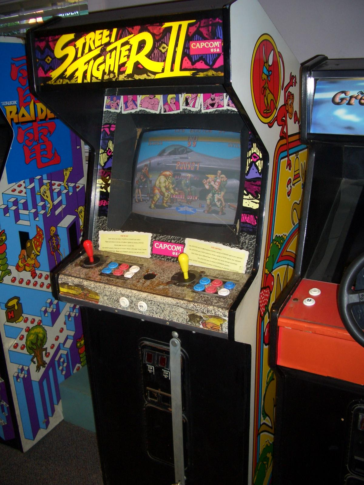 street fighter 2 hyper fighting arcade machine