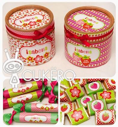 cajas redondas para golosinas cajitas con forma de frutilla y caramelos en su interior bolsitas decoradas y muchas golosinas