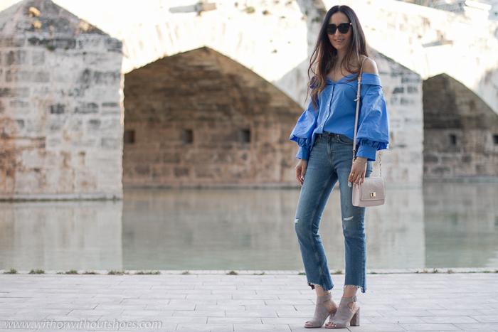 Inluencer blogger moda Valencia fotografias en el rio Turia con outfits bonitos y comodos Zara