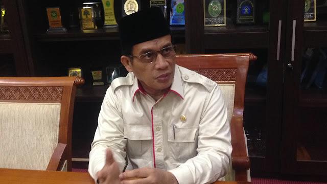 Gerindra: Luhut Setali Tiga Uang dengan Caleg PDIP yang Injak Sajadah