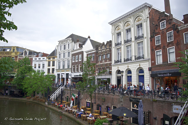 Oudegracht - Utrecht por El Guisante Verde Project
