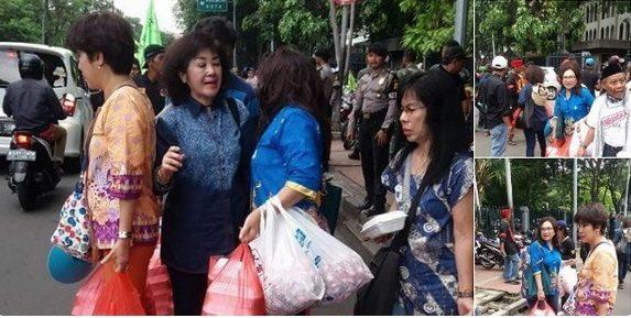 Demo Tuntut Ahok, Umat Islam Dapat Dukungan Etnis Tionghoa Lewat Pemberian Logistik
