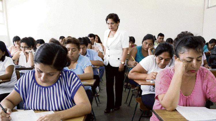 Docentes competirán en julio por 25 mil plazas para nombramiento docente