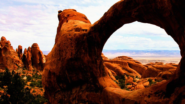 Sarah Marc Amazing Arches National Park